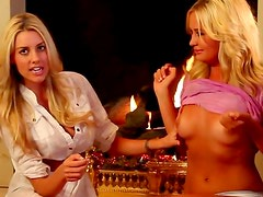 Sexy chat with a pair of blondes