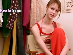 Beata teen tease in dressing room