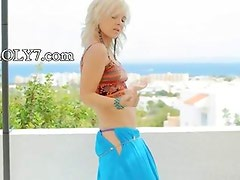 Amazing blonde showing hot belly dancer