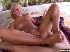 An Amazing Footjob With A Sexy Blonde Babe