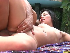 Analopes having her ass hole fucked!