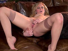 Sweet blonde Tatum gets all dirty