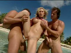 Mouthwatering Blonde Babe Jamie Brooks Gets Ass Fucked On The Beach