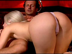 Awesome Hardcore Action With a Stunning Blonde
