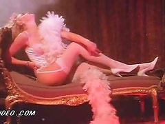 Gorgeous Elaine Hendrix Performs a Sexy Striptease In White Lingerie