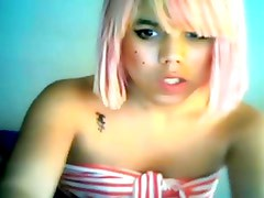 Cute teen tranny tugging on cam