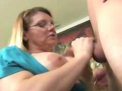 Amateur mature with glasses jerking for jizz