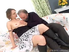 A Hard Fuck For The Kinky Mom Beauty Jill With An Old Man