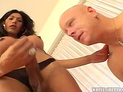 A Hard Fuck For The Kinky Transsexual Natalia