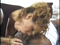 Hairy Ebony Babe Kira Gets Facialized After a Hot Anal Sex Session