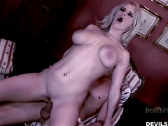 Naughty blond babe Madison James gets naked with her BF