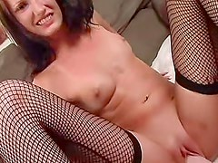Monster dildo fucks cunt of Hailey Young
