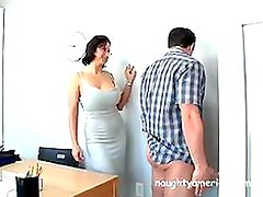 Bonerific Mature Cynthia Pendragon Gets Fucked By Job Applicant