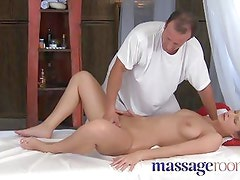 Massage Rooms Powerful g-spot orgasm for little pussy