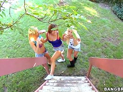 Mariah Madysinn and her Friends Have Foursome with a Lucky Guy