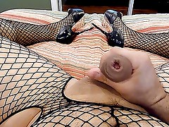 Cumming in sexy heels and fishnets