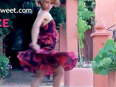 Exotic teenie posing and dancing