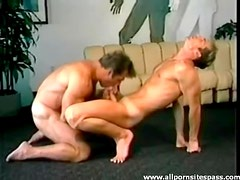 Hunks star in a cocksucking threesome