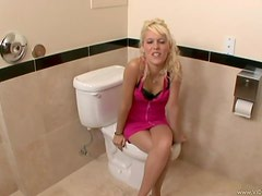 Vicky Soprano Going Hardcore In The Toilet