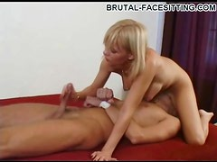 Handjob with a hot pussy sitting over his face