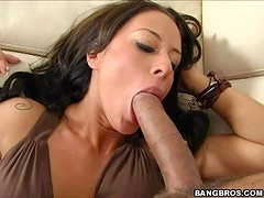 Wild Anal Fun With The Sexy Brunette Babe Mya