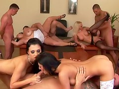 Euro women in a gorgeous orgy party