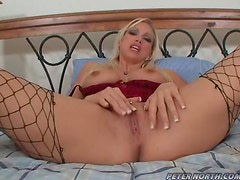 Nicki Hunter deepthroats two cocks and gets sperm on her face