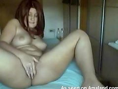Horny Babe Plays With Her Pink Pussy In Homemade Video