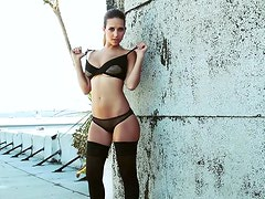 Carlye Denise In A Dangerous Territory Shoot On A Roof Top