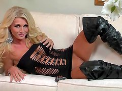 Alicia spreads her gorgeous legs and pleasures herself