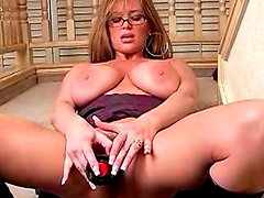 Milf in leather boots fucks pussy up close