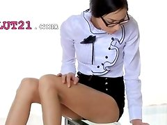 Coño - Incredible babe in heels tease snatch