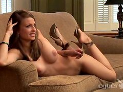 Pretty chick Shawna Marie boasts of her natural beauty