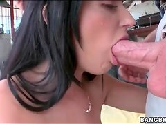 She makes blowjob for a big cock sloppy