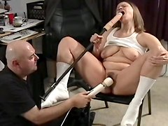 Cute babe is getting hardcore dildo in her cunt