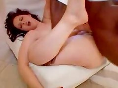 Milky white babe laid by big black cock