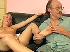 Old gets footjob from Hailey Young