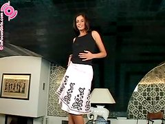 Gaping Brunette Wants to Show Her Depths