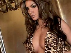 Brown-haired babe Monica Leigh shows off her gorgeous body