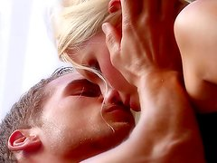 Alluring blonde Vanessa Cage fucking in her puss