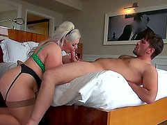 Blonde hottie Klaudia Kelly pleases hunk Manuel Ferrara with full hardcore fuck scene