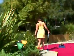 Busty London Keyes seduces Manuel Ferrara with her melons playing mini-golf