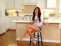 Wanna see interview with Adriana Chechik
