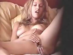 Milf masturbates on home voyeur mov