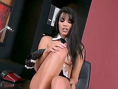 Dark hair beauty Serilla Lamante needs to tame her beautiful trimmed pussy urgently
