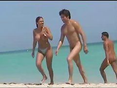 Sexy-Naked-Wet Crack-Video-At-The-Beach-Filmed-On-Voyeur-Camera