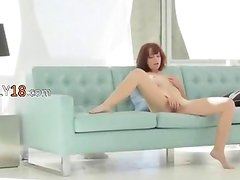 Rosa - Glass toy in shaved pink vagina