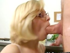 Hot blonde whore sucks a fat cock
