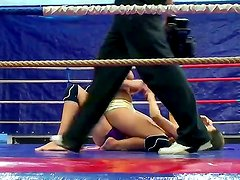 Nice Christmas fight with perverted sporty