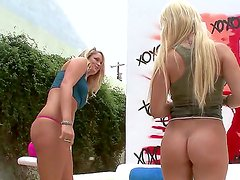 Alexis Ford is very hungry and